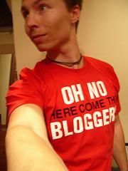 oh, no, aquí llegan los bloggers