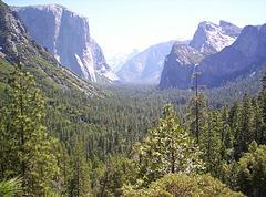 Parque de Yosemite (USA) en el mes de junio